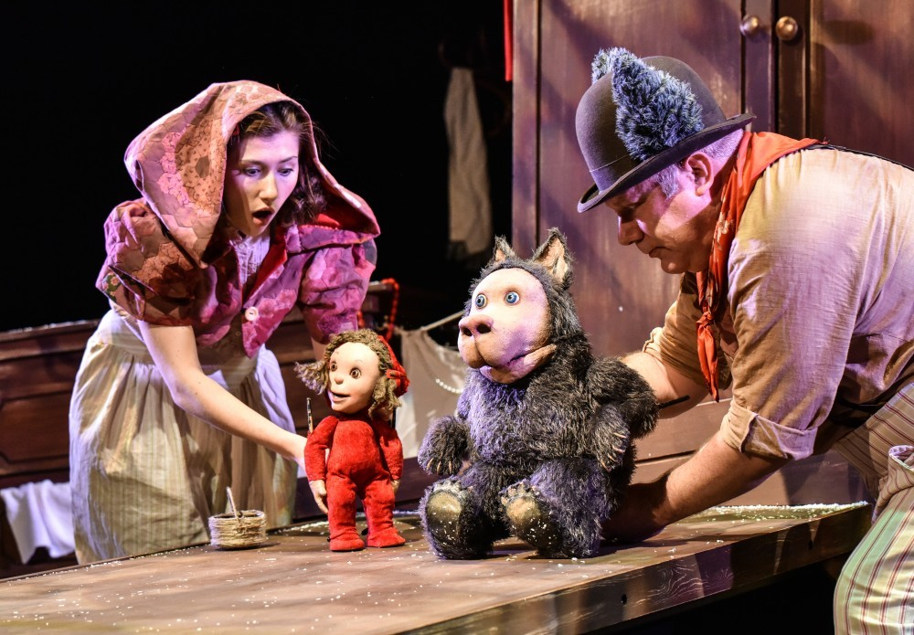 Little R Riding Hood (A Hiccup Theatre & Derby Theatre production) Photo Robert Day #7